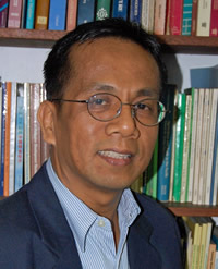 NEDA CHIEF. President Benigno Aquino III has appointed UP economics dean Arsenio Balisacan to head the National Economic and Development Authority. Photo from up.edu.ph