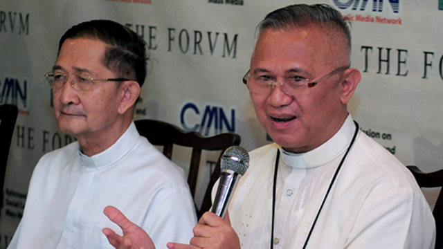 CEASEFIRE? In this file photo, the CBCP, headed by Cebu Archbishop Jose Palma (right), hits the Aquino administration after their bi-annual plenary in January. Beside Palma is Antipolo Bishop Gabriel Reyes, also a CBCP official, who blasts pro-RH politicians. Photo courtesy of CBCP