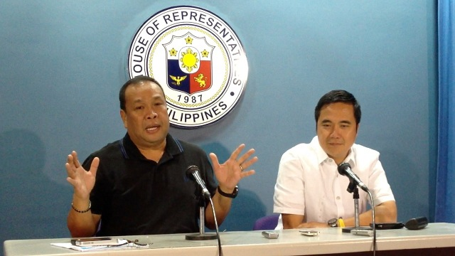 DIVIDED LP: Pro-RH House majority leader Neptali Gonzales II and Anti-RH Cavite Rep Joseph Emilio Abaya