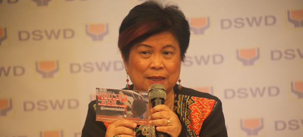 STERN WARNING. Social Welfare and Development Secretary Dinky Soliman to suspend personnel who will use the government's Conditional Cash Transfer (CCT) program for electoral campaign purposes. Photo courtesy of DSWD