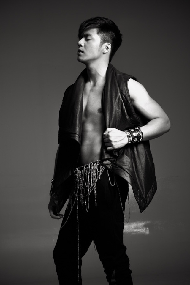 SEXY PICTORIAL. Sam's way of saying he has grown up. Photo courtesy of Carlo Orosa