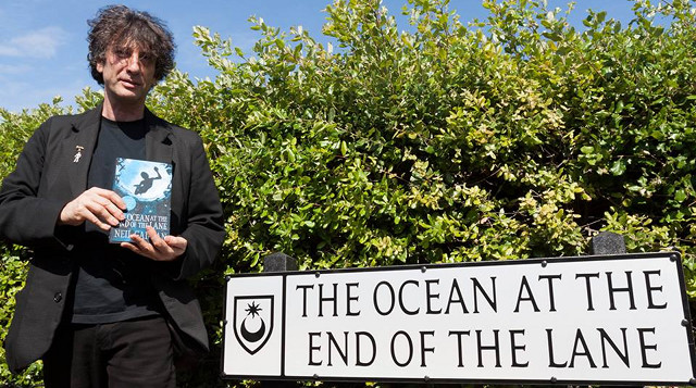 The Ocean At The End Of The Lane By Neil Gaiman: Gaiman's Latest Not Just A Drop In The Bucket