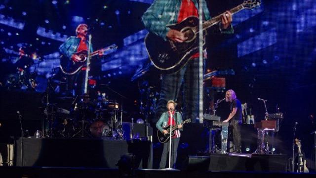 Entertainment wRap]: Jackson trial to end, Bon Jovi in Rio