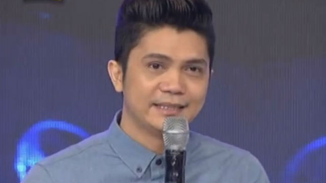 CASE IN COURT. In this file photo Vhong Navarro marks his 'Showtime