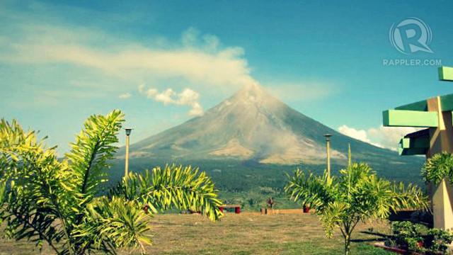 20140818-mayon-volcano-01.jpg