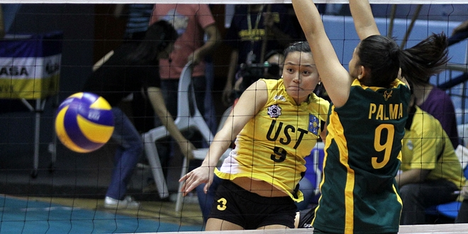 Maru Banaticla finally delivered for UST in an important match. Photo by Kevin dela Cruz