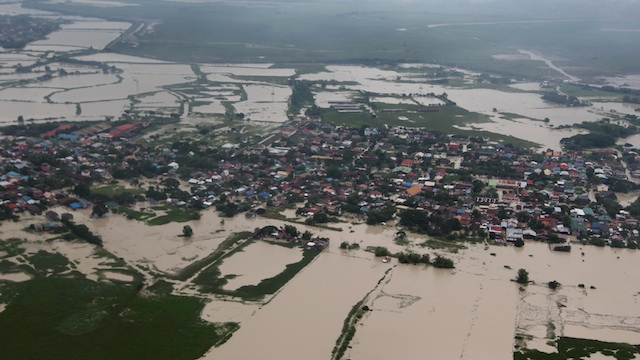 Aerial view of floods in Tarlac. Photo by Jay Morales / Malacañang Photo Bureau