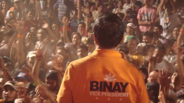 'PRO-POOR ALLIANCE.' Allies say what differentiates Binay's coalition is its pro-poor stance. Photo from 2010 campaign from former President Estrada's Facebook page