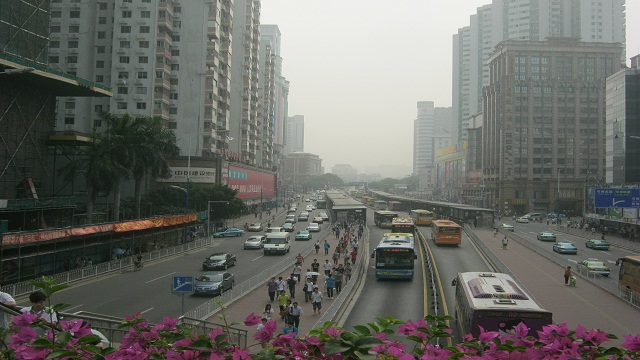 BRT SYSTEM. This is the Guangzhou BRT system, one of the most efficient systems in the world. Photo courtesy of Cai Ordinario.