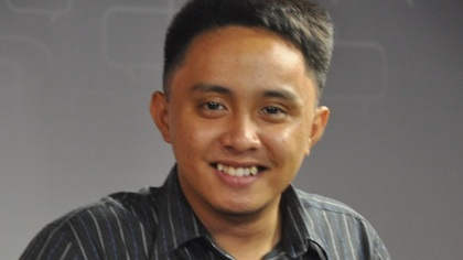 JOURNALIST-IN-WAITING. David Lozada brings home a wealth of experience from his Rappler internship.