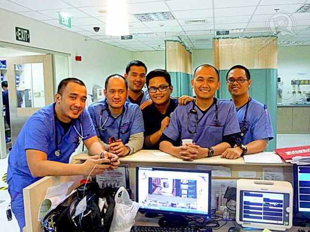 LIGHT MOMENTS. ER doctors take some time during the quiet moments to take a photo. Photo by Michael Angelo Cruz