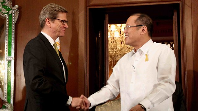 COURTESY CALL. German Federal Foreign Minister Dr. Guido Westerwelle pays Philippine President Benigno Aquino III a courtesy call on February 7, 2013. Photo by Malacañang bureau