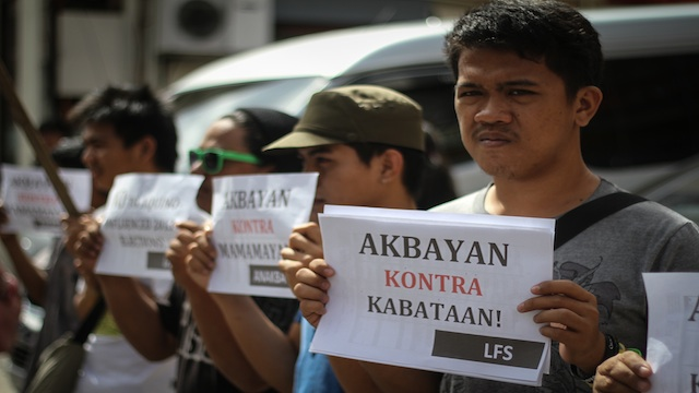 NOT MARGINALIZED. Members of Anakbayan and League of Filipino Students stages a rally outside Akbayan senatoriable Risa Hontiveros' press conference. Photo by Karlos Manlupig