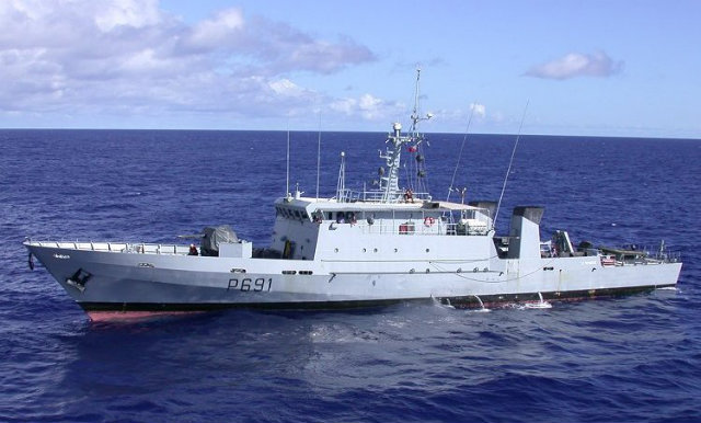 "NEW SHIP. The 26-year-old ""La Tapageuse"" vessel is likely to be the first of several French ships that will be acquired by the Philippine coastguard. July 2003 file photo from Wikimedia Commons/user Rama"