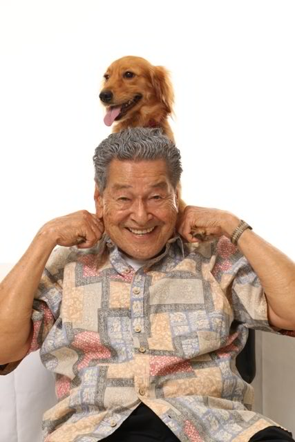 MAN AND BEST FRIEND. Eddie Garcia and pal in Bwakaw. Photo from Bwakaw's Facebook page.