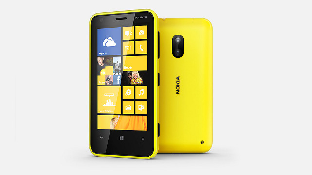 SNAPDRAGON AND CINEMAGRAPH. The Lumia 620 features a 1.0 GHz Snapdragon processor and the Cinemagraph lens exclusive to Lumia phones.