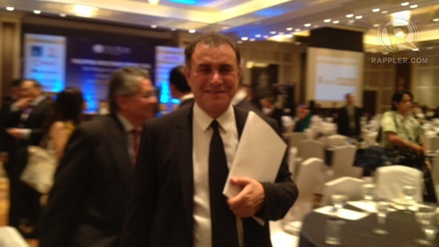 EXPERT. Renowned economist Nouriel Roubini addresses an SRO crowd of investors, bankers, corporate chiefs on Wednesday, January 30. Photo by Lala Rimando