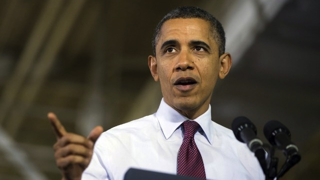 FISCAL CLIFF. US President Barack Obama called on Congress to next week produce a package that at a minimum prevents a tax hike on the middle class. AFP File PHOTO / Saul LOEB