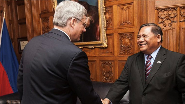 HARPER. Canadian Prime Minister Stephen Harper meets with PH Ambassador Leslie Gatan in Parliament Hill. Photo from the Official Gazette of the Philippines