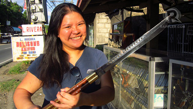 ONE SERIOUS BALISONG LOVER you don't mess with. Photo by Yobic Arceta