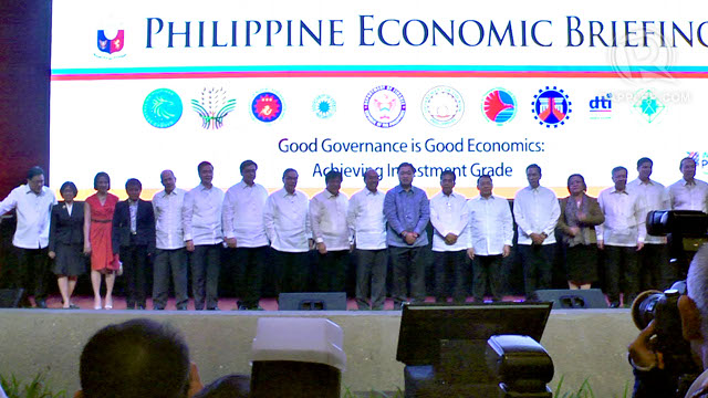 ECONOMIC MANAGERS. An annual briefing by the country's economic managers and top businessmen attract record high attendees. Photo by Franz Lopez