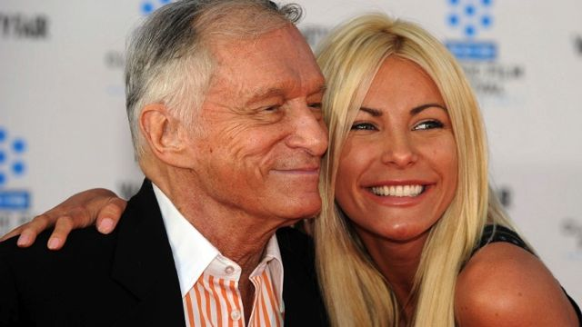 "PLAYBOY FOUNDER. Playboy magazine founder Hugh Hefner arrives with his fiancee Crystal Harris at the TCM Classic film Festival opening night and World premiere of the newly restored ""An american in Paris"" in this April 28, 2011 file photo in Hollywood, California. AFP file photo"