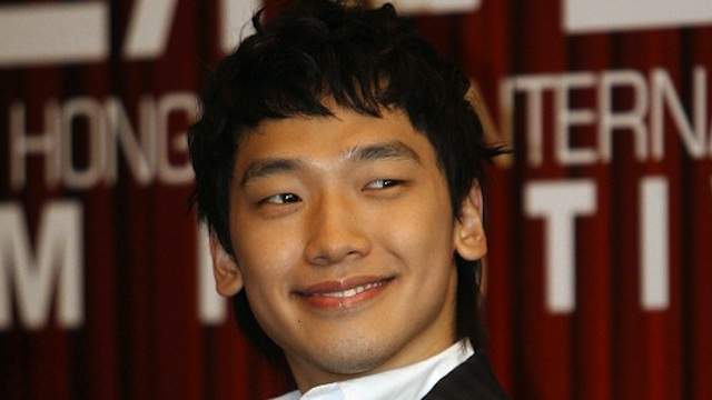 South Korean actor and singer Jung Ji-hoon, better known as Rain, in a press conference in Hong Kong, 19 March 2007. AFP PHOTO/MIKE CLARKE