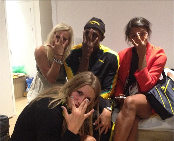 HANGING OUT. Usain Bolt hangs out with some new friends. From Bolt's official Twitter account.