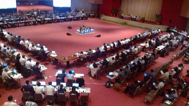 TUNA FORUM. Delegates of 27 countries that are members of a fisheries commission meet in Manila. Photo by Edwin Espejo