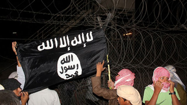al-qaeda-black-flag-seized-in-asg-camp-0
