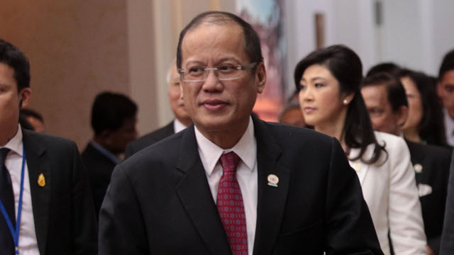 ADVICE FROM THE PRESIDENT. President Benigno Aquino III talked about the Aman scam in the sidelines of the ASEAN-China Summit in Phnom Penh, Cambodia. Photo by Malacanang Photo Bureau.