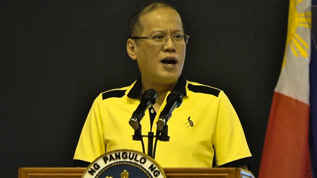 CAMPAIGN TRAIL. President Aquino asks Caviteños to vote for his candidates in May. Photo by Natashya Gutierrez