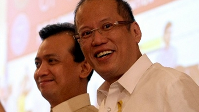 'TRILLANES HELPED.' President Aquino credits Trillanes for helping deescalate tension with China but clarifies that the senator volunteered to be a backdoor negotiator with Beijing. File photo by Malacañang Photo Bureau