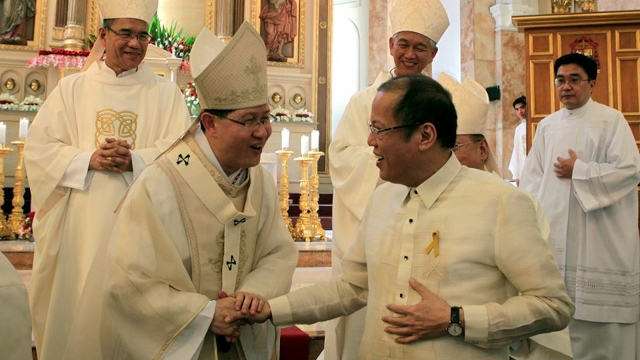 FOLLOWING CONSCIENCE. Meetings and statements from Luis Antonio Cardinal Tagle were not enough for President Aquino to drop support for the RH bill. Aquino said ultimately, he will follow his conscience. File photo by Malacañang Photo Bureau