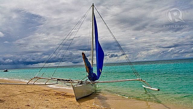 HOT DAYS, HOTTER NIGHTS. Boracay's by-the-beach bars, day-long parties and white sand beaches make it a top Nightlife destination, say the clients of Agoda.com. All photos by Roopak Ramachandran Nair