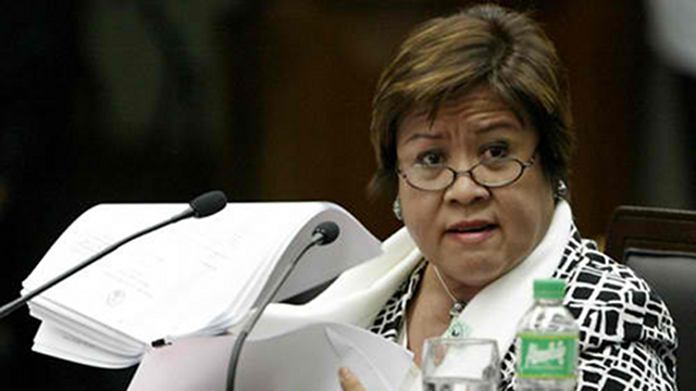 CORONA'S CRITIC. Justice Secretary Leila de Lima testifies against former Chief Justice Corona, saying he played a special role in granting the TRO in favor of the Arroyos. File photo by Senate pool