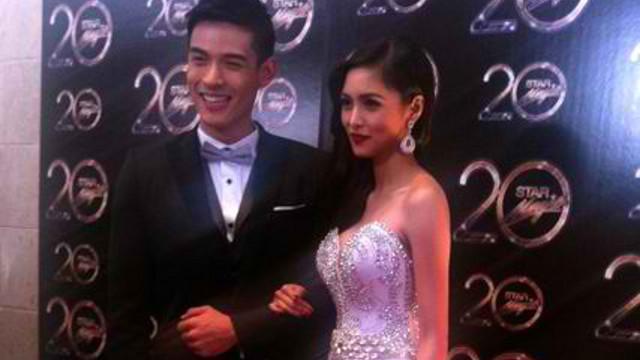 PINOY SHOWBIZ CAPTIVATES. Xian Lim and Kim Chiu as shot with an iPhone4 on the red carpet of the 2012 Star Magic Ball in Makati Shangri-La Hotel. Photo by Kai Magsanoc
