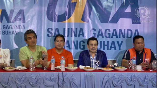 MEET THE LOCAL PRESS. Former President Joseph Estrada leads UNA's press briefing in Cagayan de Oro City with local and Manila reporters to address issues about UNA and Mindanao.