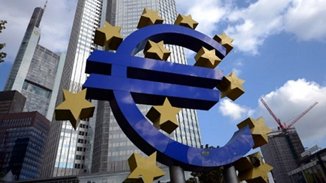 CURRENCY. A giant logo of the Euro currency stands in front of the European Central Bank (ECB) in the banking district of Frankfurt, western Germany. Photo by AFP