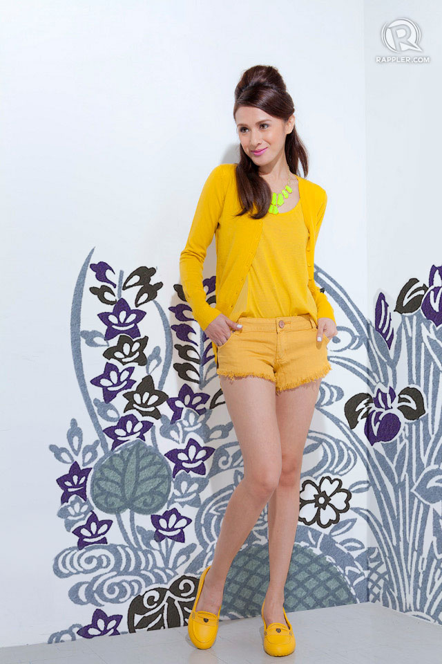 MISS YELLOW SUNSHINE. Tank top, cardigan, and shorts from CottonOn. Necklace from Exenadora. Shoes from Crocs.