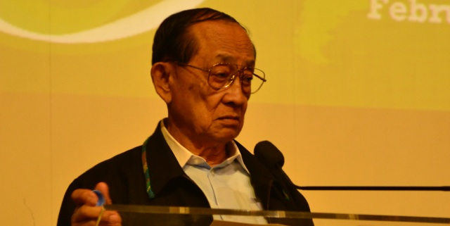 EXCELLENCE. Ex-President Fidel V. Ramos delivers inspirational talk to a crowd of graduate and undergraduate researchers. Photo by Lorenz Marasigan