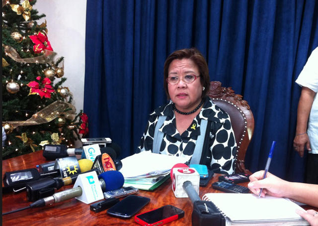 DIVIDED. De Lima said the prosecutors cannot agree if they want the Maguindanao trial to be aired live or not.