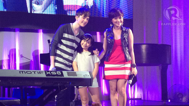 HAPPY YOUNG FAN. Greyson answered 3 questions from 3 fans in the middle of the program