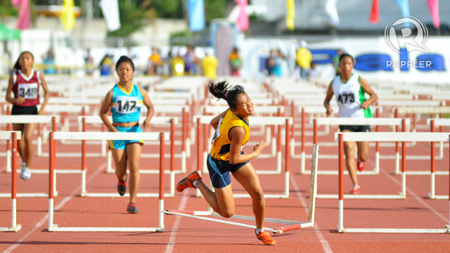 110M HURDLES. Photo by Rappler/Roy Secretario.