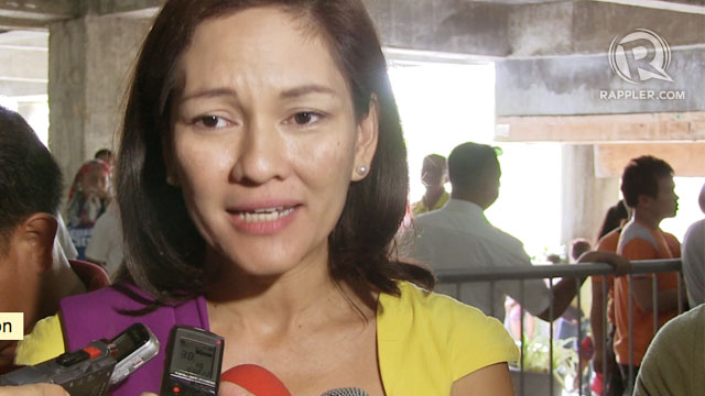 BE HONEST. Senatorial bet Risa Hontiveros asks the Bacolod diocese to admit it's engaged in partisan politics. Photo  by Franz Lopez
