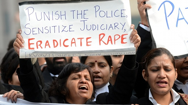 HOW TO RESPOND? Police file a criminal case against an Indian news channel for an interview with the boyfriend of the gang-rape victim but the Committee to Protect Journalists said the lawsuit is a misplaced priority. File AFP PHOTO/ Prakash SINGH
