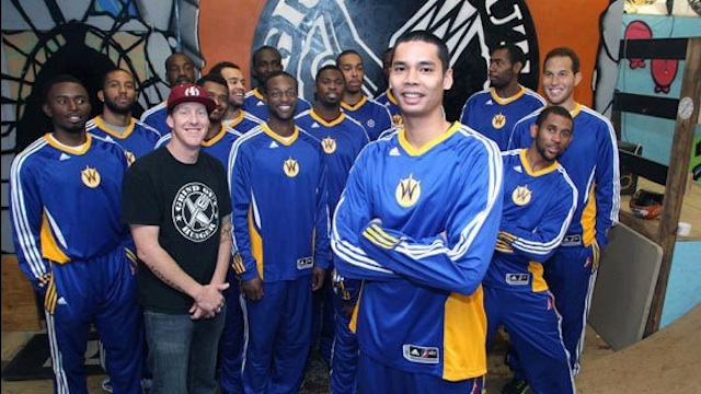 Aguilar (front) poses with his SC Warriors team mates. Photo from Aguilar's fan club page on Facebook