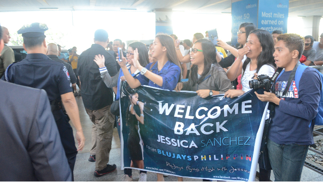 Hardcore fans 'The Blujays' welcome their idol at the airport