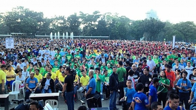 "Participants of the ""SAFTE 2013"" unity walk at the Quezon Memorial Circle, Janaury 13, 2013, in this photo by Comelec spokesperson James Jimenez."