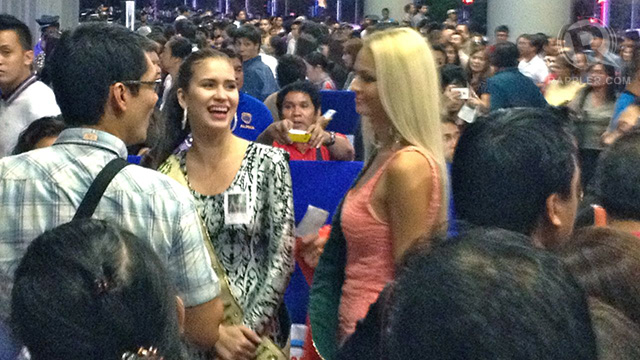 Miss Earth's Stephany Stefanowitz and Tereza Fajksova entering the venue